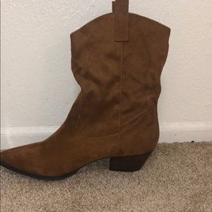 Steve Madden Slouchy Cowboy Boots Size: 9